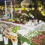 עמדת שזירת פרחים לאירוע