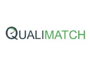 תא צילום שקוף ממותג במתחם של חברת qualimatch בכנס נקסט קייס 2017